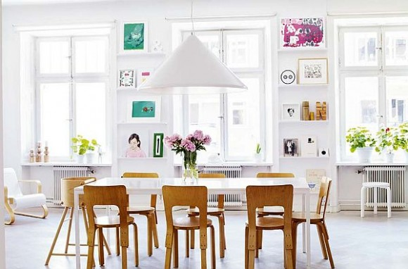 Beautiful-Dining-Room-with-White-Dining-Table-Wooden-Chairs-and-Triangle-Pendant-Lamp