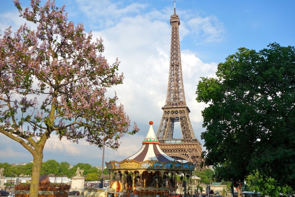 The Eiffel Tower is in one of the more popular Paris neighborhoods