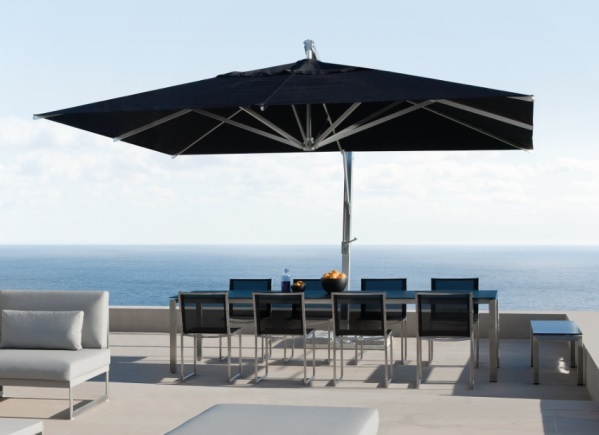 Outdoor Furniture can make your outdoor spaces look snazzy