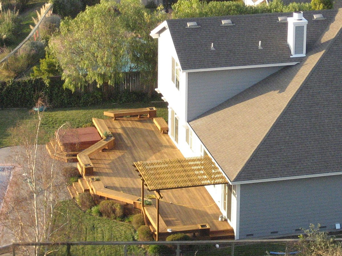 When designing the perfect deck, there are many factors to consider ... photo by CC user JDoorjam  on wikimedia