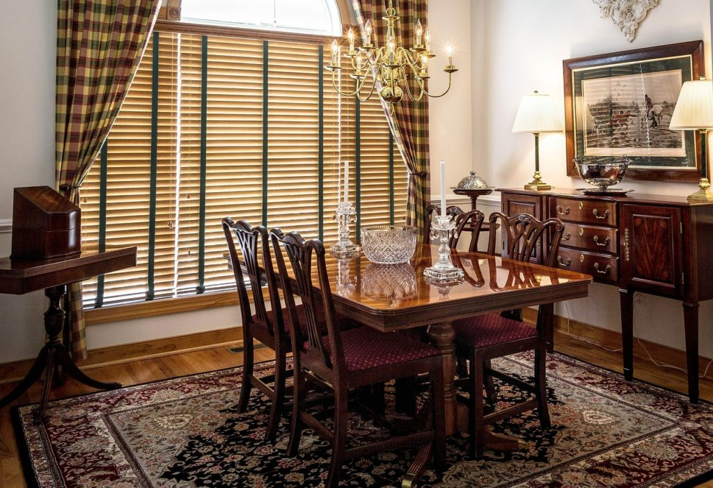 Want to design a Welcoming Dining Room? Follow these tips.