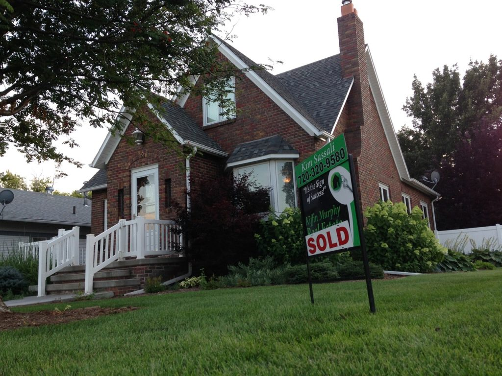 You can make a lot of money Buying and Selling Real Estate if you know what you are doing